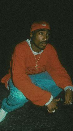 Tupac Shakur, 2pac, Hip Hop Fashion, 90s Fashion, Tupac Albums, Pink Neon Wallpaper, Classic Hip Hop Albums, Cute Cartoon Characters, 90s Hip Hop