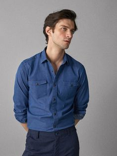 Mens Casual Dress Outfits, Polo Shirt Outfits, Formal Men Outfit, Stylish Mens Outfits, Casual Shirts For Men, Men Casual, Matthew Bell, Teenage Boy Fashion, New T Shirt Design