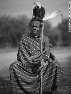 Tribes and kingdoms vary too in their relationship with the local government. The Jie, for instance, often clash with the ruling Ugandan government, who aren't always sympathetic to their nomadic traditions. <!-- --> </br><!-- --> </br><i>Lochoro Samuel, </i><i>Karamoja, Uganda</i>