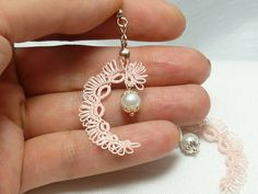Your place to buy and sell all things handmade - Tatting Ideen 2019 Tatting Earrings, Tatting Jewelry, Lace Earrings, Lace Jewelry, Tatting Lace, Crochet Earrings, Handmade Jewelry, Needle Tatting Patterns, Tatting Tutorial