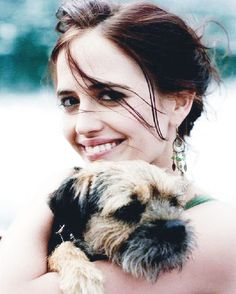 How's studying for finals so far? I have already given up when I haven't even started yet!  Here's a little motivation from a smiling #EvaGreen with her dog, Griffin! .  Another motivation: IF EVA GREEN CAN GET THAT GG NOMINATION AFTER YEARS OF HARD WORK THEN YOU CAN CERTAINLY GET THROUGH ANYTHING WHICH MEANS WE CAN ALL DAMN WELL STUDY FOR OUR FINALS AND PASS ALL OUR EXAMS! FOR THE GLORY OF EVA GREEN!