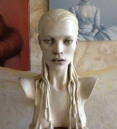 Kate Artist: Francesca Romana di Nunzio