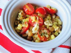 Corn salad with garbonzo beans