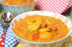 Low Carb Rezepte von Happy Carb: Currywurstsuppe.
