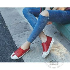 (59.03$)  Watch more here - http://ai5qv.worlditems.win/all/product.php?id=32767864387 - Skate Shoes Cowhide Genuine Leather Shoes Platform Women Plain Slip On Shoes For Women Soft Leather Internal Height Increase