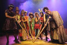 """O espetáculo """"Bruxas, Bruxas... e mais Bruxas!"""" ganha o palco do CEU Vila Curuçá nos dias 18 e 19 de maio. A entrada para a atração é Catraca Livre.  Encenada pelo grupo """"As Meninas do Conto"""", a peça aborda o universo fantástico, mágico e divertido destas personagens tão presentes no imaginário universal. Bruxas de...<br /><a class=""""more-link"""" href=""""https://catracalivre.com.br/sp/agenda/gratis/espetaculo-teatral-bruxas-bruxas-e-mais-bruxas/"""">Continue lendo »</a>"""