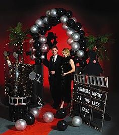 Our Hollywood Balloon Arch makes a great entrance for your party guests. The Hollywood Balloon Arch includes silver and black balloons and cardboard columns with silver film strip accents. Deco Theme Cinema, Cinema Party, Movie Party, 50th Birthday Party, Birthday Party Decorations, Birthday Celebration, Party Themes, Red Carpet Theme, Red Carpet Party