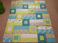 Easy...I have all the colors for this...just waiting for the right pattern :0) quilt green aqua teal turquoise Cute Quilts, Small Quilts, Scrappy Quilts, Jellyroll Quilts, Baby Patchwork Quilt, Baby Boy Quilts, Kid Quilts, Baby Clothes Quilt, Girls Quilts