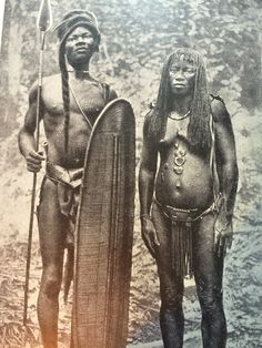 The Mongo are one of the Bantu groups of Central Africa, forming the second largest ethnic group in the Democratic Republic of Congo / AFRICAN MONGO TRIBE African Tribes, African Art, African Culture, African American History, Rd Congo, Congo River, Culture Art, Arte Tribal, By Any Means Necessary