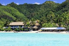 The island paradise of Rarotonga is legendary for its beauty. The mountainous peaks of the inner island are ringed by spectacularly beautiful beaches and stunning lagoons of crystal clear water. The most beautiful of these is in Muri, and it is here that Pacific Resort Rarotonga is located.  Learn more about one of our favorite Cook Island Getaways: http://www.downunderendeavours.com/packages/cook-islands-beach-honeymoon-pacific-resort-rarotonga #travelDUE #CookIslands #cookislandsvacation…