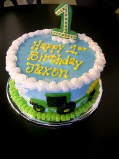 Farm Birthday Cake Farm Birthday Cakes, Tractor Birthday, Boy First Birthday, Boy Birthday Parties, Birthday Ideas, Love Cake, Baby Ideas, First Birthdays, Cake Decorating