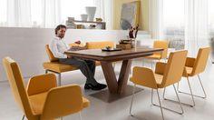 Armlehnstuhl Aus Der Dining+Comfort Collection | Mangofarbener  Kunstlederbezug U0026 Matte Metallwange #stuhl #