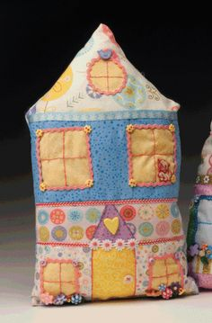 tall house pillow, with free pattern, tutorial