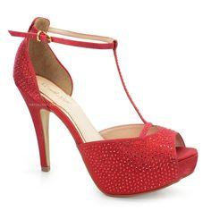 Sandália Século XXX, confeccionado em lame vermelho com lindos detalhe de Hotfix vermelho, sandália com modelo confortável além de ser cheio de elegância!