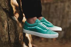 Like any good piece of apparel, sneakers get better with time – especially in regards toVans' classic silhouettes. Facilitating the wear process, the brand's California imprint introduces a new set o...