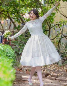 Rochii de mireasa/Rochii de mireasa scurte Victorian, Dresses, Fashion, Vestidos, Moda, Fashion Styles, The Dress, Fasion, Dress