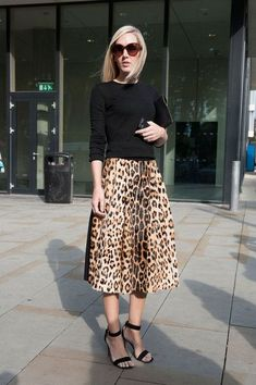 Pin for Later: The Best of Paris Fashion Week Street Style (Updated!) LFW Street Style Day 3 Jane Keltner de Valle pared down a notice-me leopard-print skirt with a black knit. Fashion Moda, Fashion Week, Look Fashion, Autumn Fashion, Milan Fashion, Trendy Fashion, Street Fashion, Knit Fashion, Fashion Styles