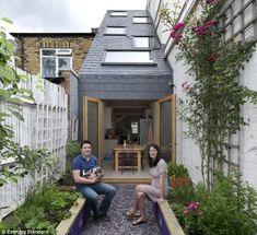 narrow house design in Clapham, London. Home Garden Design, Small Garden Design, Home And Garden, Herb Garden, Vegetable Garden, Extension Veranda, House Extension Design, Narrow House Designs, Narrow Garden