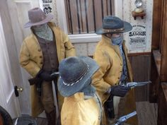 Image Western Theme, Western Decor, Miniture Things, Old West, Shadow Box, Fashion Dolls, Minis, Westerns, Action Figures