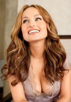 Giada De Laurentiis, Giada At Home, Fernando Hernandez, Beautiful People, Beautiful Women, Beautiful Celebrities, Beautiful Person, Stunningly Beautiful, Beautiful Smile