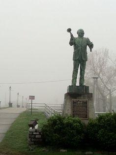 Foggy morning Algiers Point