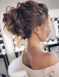 Coiffure De Mariage : Featured Hairstyle: tonyastylist (Tonya Pushkareva); www.instagram.com/tonyastyl...