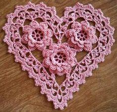 10 Crochet Patterns for Roses: Crochet Roses Doily Free Pattern
