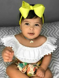 Cute Kids, Cute Babies, Baby Kids, Cute Baby Girl Outfits, Toddler Outfits, Beautiful Children, Beautiful Babies, Kids Around The World, Baby Couture