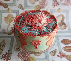 Stunning coral & seahorse cake recipe (Italian) via Dolcimaterieprime: giugno 2012