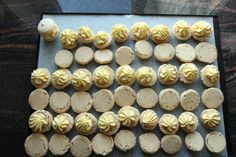 Elins gule bomber - Krem.no Food And Drink, Baking, Bakken, Backen, Sweets, Pastries, Roast