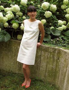 Satin Cotton Eyelet Summer Shift Dress Project by Jamie Lau on BurdaStyle
