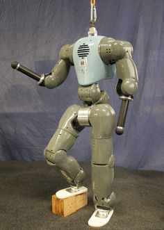 This Humanoid Robot Gets Pushed Around But Stays on Its Feet - IEEE Spectrum