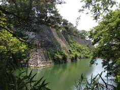 高石垣を下から Japanese Castle, Wakayama, Character Ideas, Samurai, Scenery, River, History, City, Outdoor