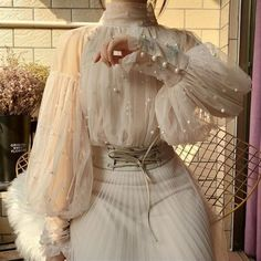 2019 New Fashion Spring Women& Sweet Beads Bubble Sleeve Pearls Button Gauze Blouses Ladies Elegant Mesh Shirt Blusas Tops Mode Outfits, Fashion Outfits, Womens Fashion, Fashion Ideas, Fashion Blouses, Fashion Trends, Fashion Belts, Fashion Tips, Look Vintage
