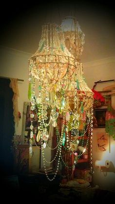 bohemian chandelier- @thedailybasics ♥♥♥