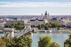 How to Spend 3 Days in Budapest- Our Itinerary via @travelyesplease