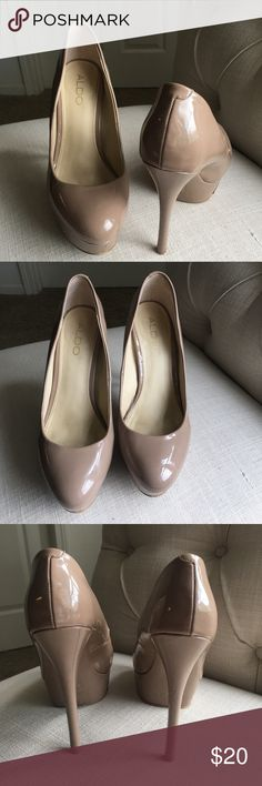 """ALDO Nude Platform Pumps ALDO Nude Platform Pumps - 5"""" heel - small signs of wear but not overly damaged - perfect with colorful dresses for summer! Aldo Shoes Heels"""