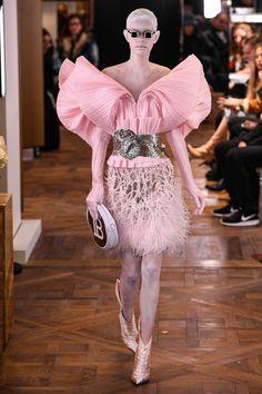 Balmain Spring 2019 Couture Fashion Show Collection  See the complete  Balmain Spring 2019 Couture collection. 8e21d0fc0b
