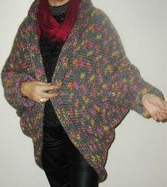 manteau/cape tricoté en une pièce aig n°9