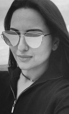 Round Face Glasses Frames, Sonakshi Sinha, Mirrored Sunglasses, Fashion, Moda, Fashion Styles, Fashion Illustrations