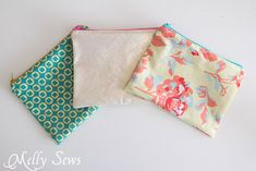 Make 3 in just over 1/2 an hour - How to Sew a Zipper Pouch - 15 minute sewing project - Melly Sews