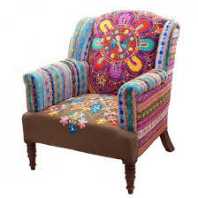 1 veces he visto estas serenas muebles vintage. Funky Furniture, Furniture Styles, Furniture Makeover, Painted Furniture, Funky Chairs, Cool Chairs, Deco Boheme, Sofa, Upholstered Furniture