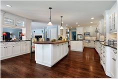 Hardwood Flooring, Vintage Oak  *Award Winning Kitchen    -     http://ehardwoodflooring.com/golden-oak-vintage-1.html