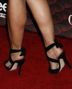 pics.wikifeet.com Kristen-Bell-Feet-147634.jpg