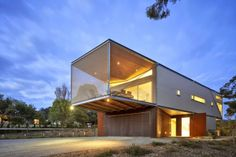 Proyecto: Rest House Tipo: Casa moderna Estilo: Arquitectura contemporánea Arquitectos: Tim Spicer Arquitectos y Arquitectos Col Bandy