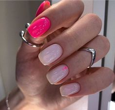 The nail design case in the article is mainly short and medium nails. The clever color matching looks more fashionable. Get Nails, Love Nails, Pink Nails, How To Do Nails, Pretty Nails, Hair And Nails, Glitter Nails, Fabulous Nails, Perfect Nails