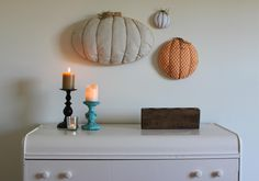 DIY Halloween : DIY  3-D embroidery hoop pumpkins