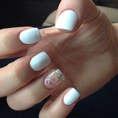 Back to my all white! :) had to do one glitter! #nails#manicure#girlsheartmanicure @girlsheartmanicure #whitenails#summernails #gelnails#gelish #irridescent #pretty #posh #Padgram