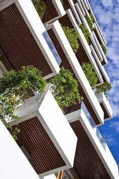 Hotel Golden Holiday in Nha Trang by Trinhvieta-Architects / Nha Trang, Khanh Hoa Province, Vietnam