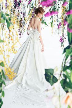 CAROLINA HERRERA|ウエディングドレス|ノバレーゼ